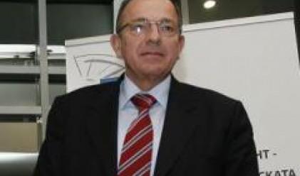 Папаризов: Кризата може да забави икономическия растеж на България
