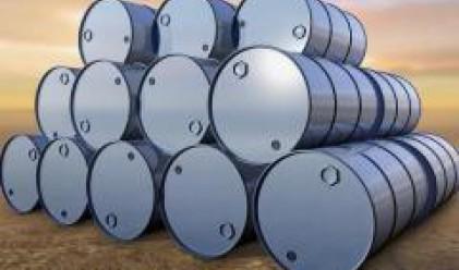 Слабостта на световната икономика не позволява поскъпване на петрола