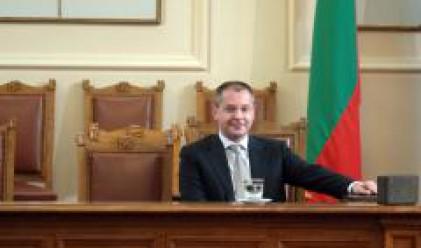 Станишев: Не са нужни допълнителни мерки срещу финансовата криза