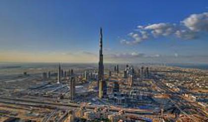 Бурж Дубай придоби окончателния си външен вид