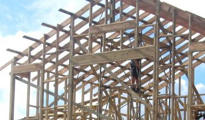 Произведената строителна продукция със спад от 11.9%