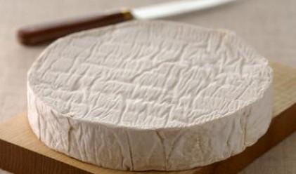 Купуваме сирене направо от фермата