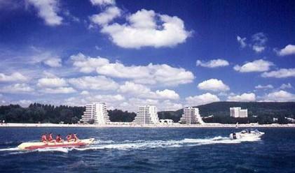 Да си купиш хотел в България и Турция...