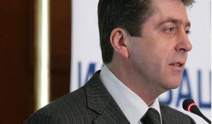 Първанов: Правителството не се справя с кризата