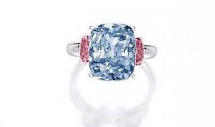 Продадоха 6-каратов син диамант за 10 млн. долара