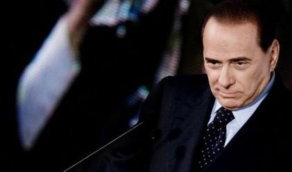 Берлускони се любува на датската премиерка