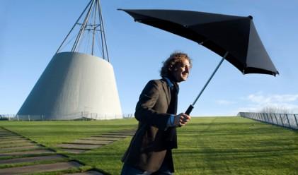 Чадър може да устои на вятър oт 100 км/ч