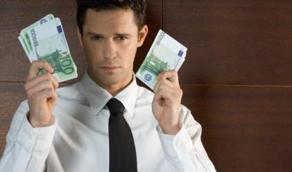 Кредитите на фирмите основно в евро