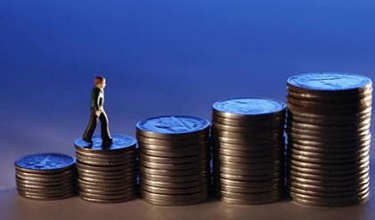 Финансовото богатство расте с 12%, вложенията в акции падат
