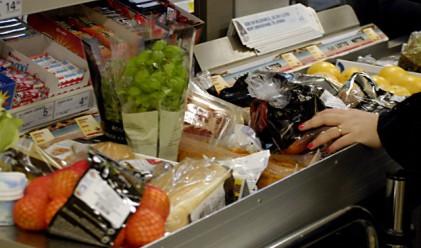 Оборотът в търговията на дребно остава без промяна през август