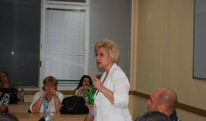 М. Стоянова: Нормално е всички доходи да се облагат, включително и от лихви