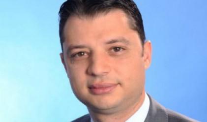 Делян Добрев ще улеснява бизнеса с план от 240 мерки