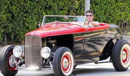 Необикновените автомобили на знаменитостите