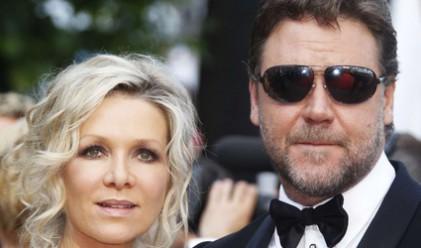 Съпругата на Ръсел Кроу ще получи 25 млн. долара след развода