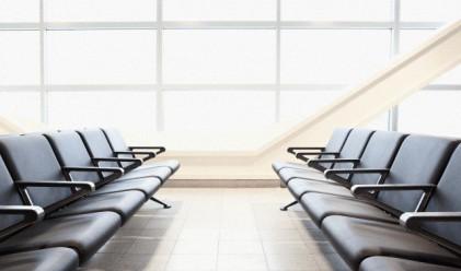Пет трика, които ще ви помогнат, когато летите със самолет