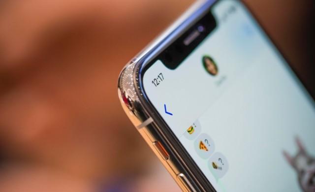 iPhone X ще донесе повече пари на Samsung, отколкото Galaxy S8