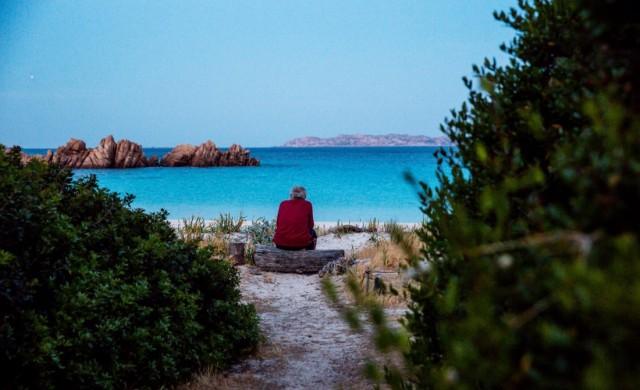 Мъж прекара 28 години сам на остров