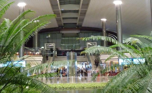 Дубайското летище заменя проверките за сигурност с виртуална риба