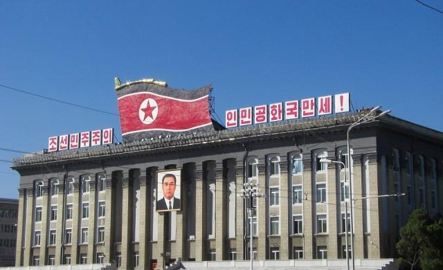 Икономиката на Северна Корея може да не издържи и година