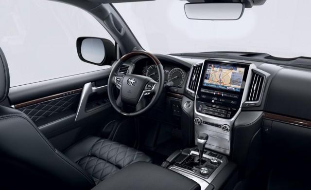 Нова топ версия на Toyota Land Cruiser 200
