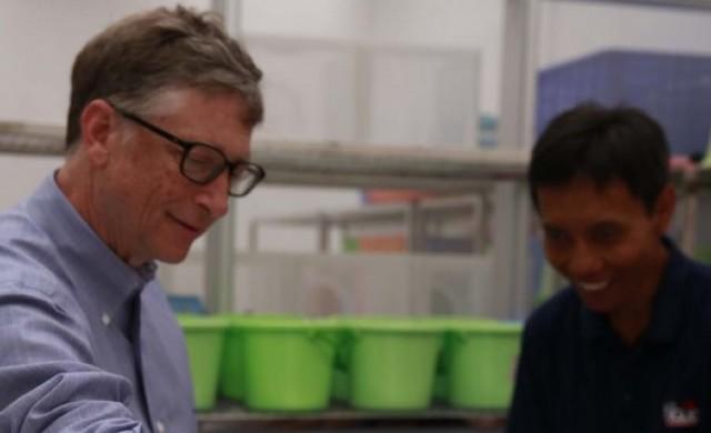 Бил Гейтс инвестира 1.7 млрд. долара в училища в САЩ