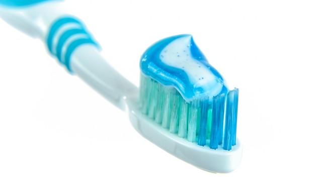 Милиардер: Купувайте си паста за зъби за две години напред