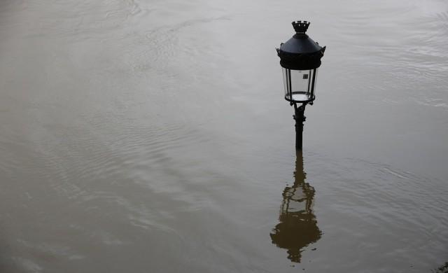 Бедствено положение в Бургас заради дъждовете