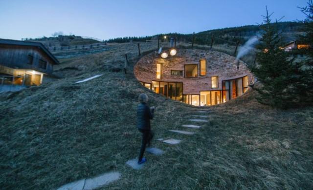 Тази платформа позволява да отсядаме в удивителни имоти по света