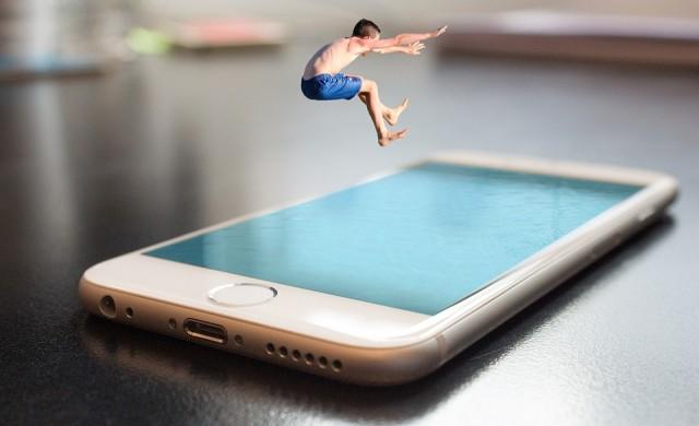 Apple намалява точността на лицевото разпознаване при iPhone X