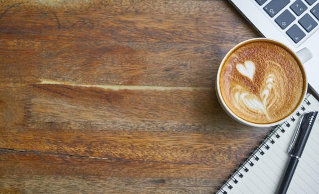 38-годишна котка, пиеща кафе, и още странни факти за напитката