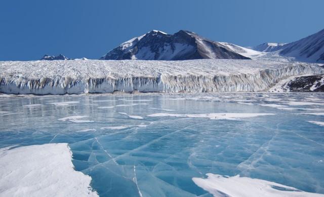 Зловеща мелодия: Чуйте как ледниците в Антарктида пеят