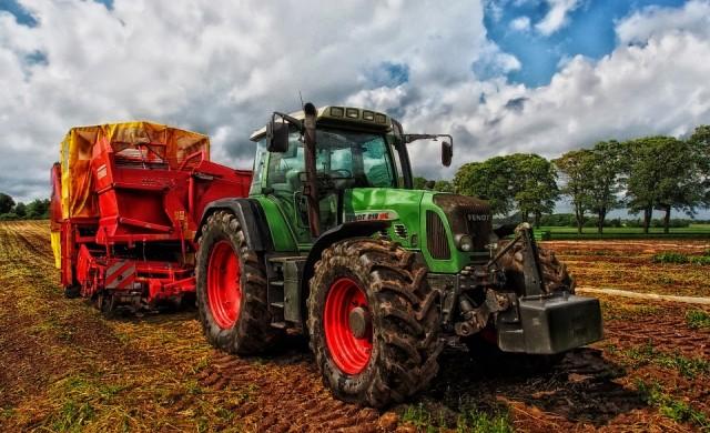 Близо 18000 земеделци декларираха доходи за месец