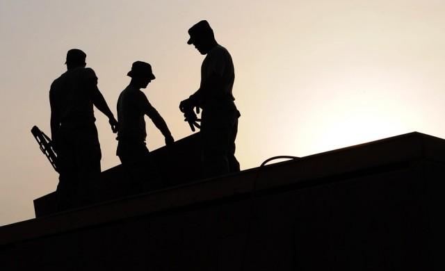 НАП проверява осигуряват ли строителните работници у нас