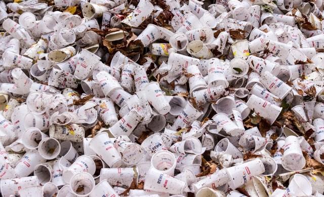 Все повече бизнеси ще се борят срещу замърсяването с пластмаса