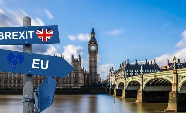 През 2020 г. за пътуване до Великобритания ще ни трябва паспорт