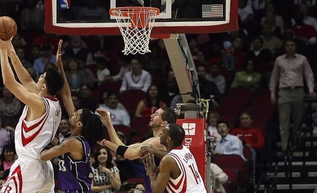Почти всички китайски спонсори обърнаха гръб на NBA