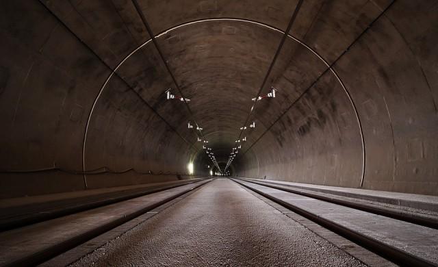 Ограничения в движението в тунел Траянови врата на Тракия