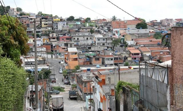 Най-богатите 10% в Бразилия генерират 43% от доходите в страната