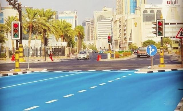 Климатици на тротоара и сини пътища: Как Катар се бори с жегата