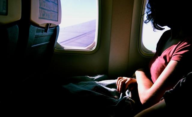 Как да облекчите пътуването в самолета, когато сте с деца?