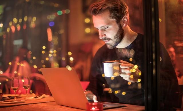 7 неща, които не бива да правите, когато ползвате обществен WiFi