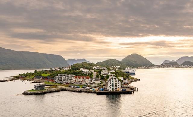 Топ 10 на страните с най-много острови в света