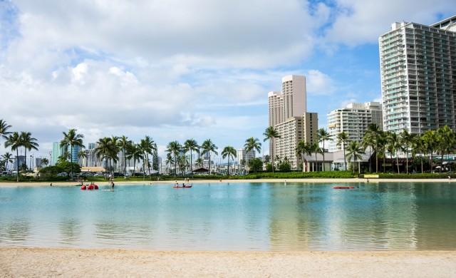 Хаваите отново приемат туристи