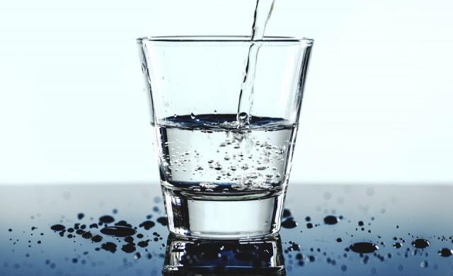 Седем признака, които показнат, че пиете твърде малко вода