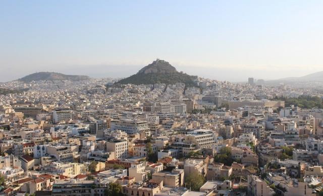 И Гърция затяга мерките срещу COVID-19