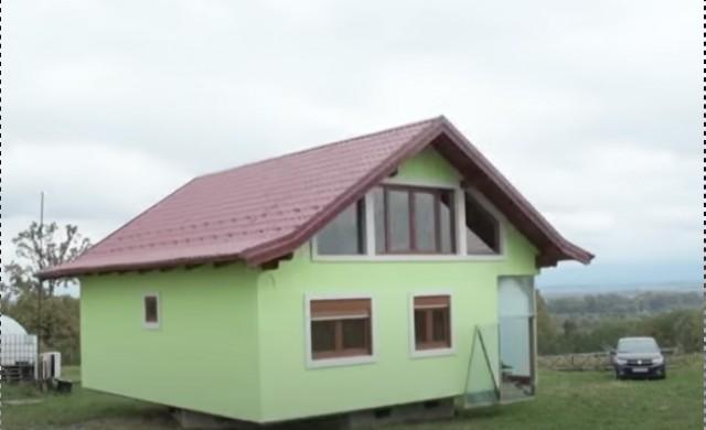Босненец построи въртяща се къща, за да осигури гледка на жена си