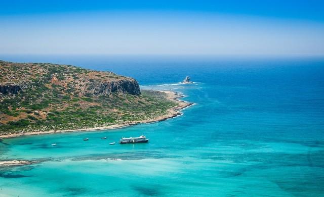 Силно земетресение на остров Крит, има опасност от цунами