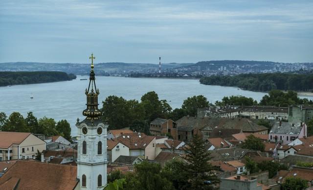 Сърбия начело в света по новозаразени с COVID, но без никакви ограничения