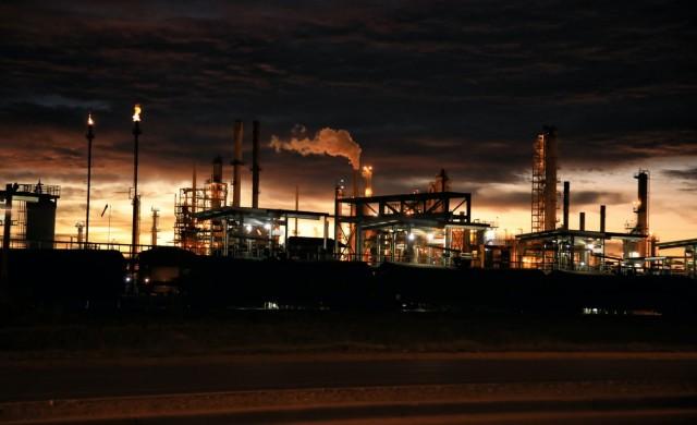 Пиковият момент в добива на петрол наближава, но това няма да спаси света
