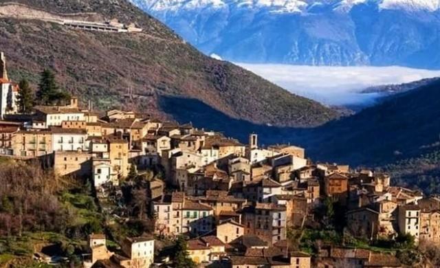 Пак къщи за 1 евро в Италия. Този път в малко градче до топ ски курорти
